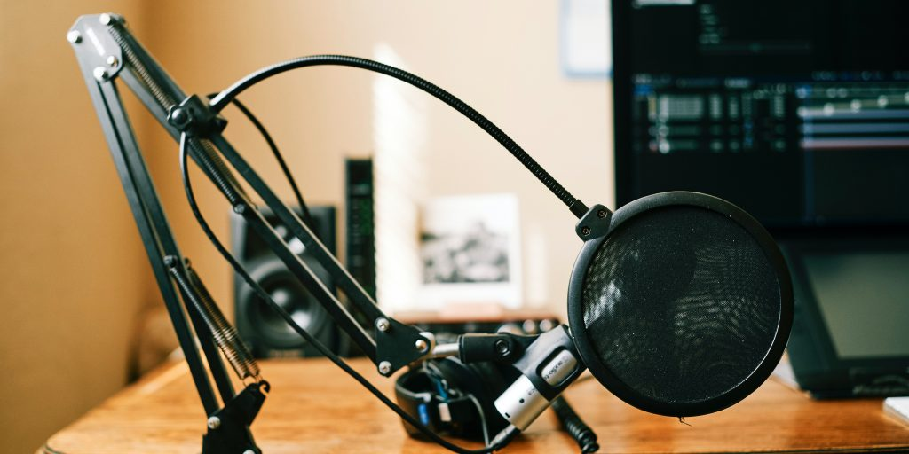 podcast equipment microphone